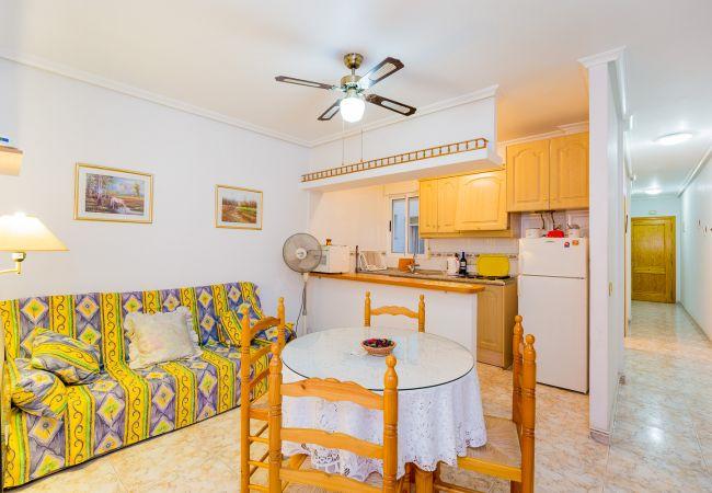 Апартаменты на Torrevieja - ID3